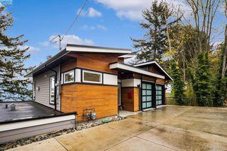 Photo 2: 4559 Cordova Bay Road in VICTORIA: SE Cordova Bay Single Family Detached for sale (Saanich East)  : MLS®# 389779