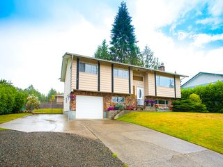 Photo 1: 156 Moss Ave in Parksville: House for sale : MLS®# 410846