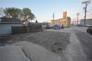 Photo 2: 201 Hampton Street in Winnipeg: St James Residential for sale (5E)  : MLS®# 1811943