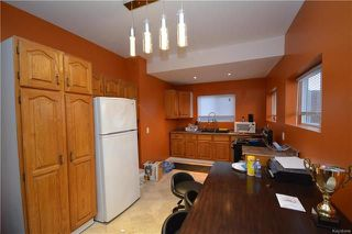 Photo 5: 201 Hampton Street in Winnipeg: St James Residential for sale (5E)  : MLS®# 1811943
