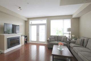 Photo 2: 207 7908 GRAHAM Avenue in Burnaby: East Burnaby Townhouse for sale (Burnaby East)  : MLS®# R2284401