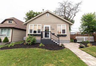 Photo 2: 142 Collegiate Street in Winnipeg: Bourkevale Residential for sale (5E)  : MLS®# 1817762