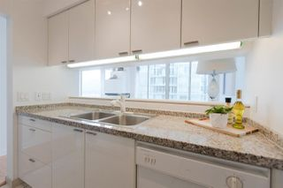 "Photo 11: 2904 1200 ALBERNI Street in Vancouver: West End VW Condo for sale in ""Palisades"" (Vancouver West)  : MLS®# R2287516"