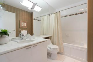 "Photo 16: 2904 1200 ALBERNI Street in Vancouver: West End VW Condo for sale in ""Palisades"" (Vancouver West)  : MLS®# R2287516"