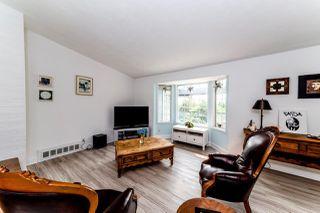 "Photo 5: 40272 SKYLINE Drive in Squamish: Garibaldi Highlands House for sale in ""Garibladi Highlands"" : MLS®# R2298905"