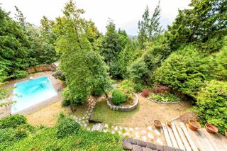 "Photo 17: 40272 SKYLINE Drive in Squamish: Garibaldi Highlands House for sale in ""Garibladi Highlands"" : MLS®# R2298905"