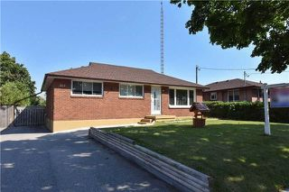 Main Photo: 863 Myers Street in Oshawa: Lakeview House (Bungalow) for sale : MLS®# E4256054
