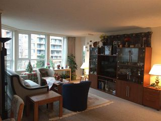 "Photo 6: 701 6152 KATHLEEN Avenue in Burnaby: Metrotown Condo for sale in ""EMBASSY"" (Burnaby South)  : MLS®# R2318855"