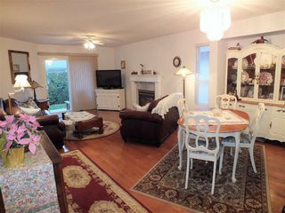 """Photo 8: 7 659 DOUGLAS Street in Hope: Hope Center Townhouse for sale in """"DOGWOOD PLACE"""" : MLS®# R2328044"""