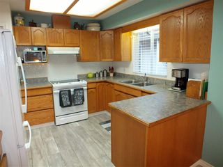 """Photo 10: 7 659 DOUGLAS Street in Hope: Hope Center Townhouse for sale in """"DOGWOOD PLACE"""" : MLS®# R2328044"""