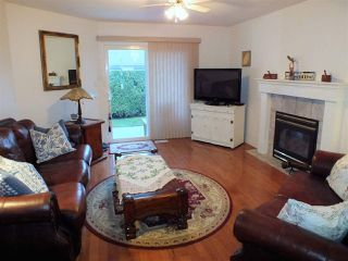 """Photo 5: 7 659 DOUGLAS Street in Hope: Hope Center Townhouse for sale in """"DOGWOOD PLACE"""" : MLS®# R2328044"""