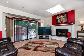 Photo 4: 21293 DOUGLAS Avenue in Maple Ridge: West Central House for sale : MLS®# R2329324