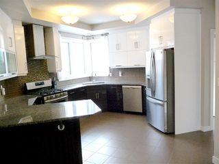 Photo 7: 10951 81 Avenue in Edmonton: Zone 15 House for sale : MLS®# E4143741