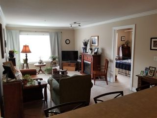 Photo 2: 318 45769 STEVENSON Road in Sardis: Sardis East Vedder Rd Condo for sale : MLS®# R2348093
