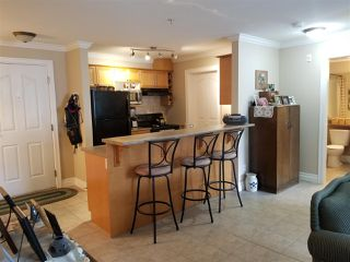 Photo 5: 318 45769 STEVENSON Road in Sardis: Sardis East Vedder Rd Condo for sale : MLS®# R2348093