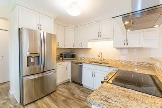 Photo 8: 3434 HILL VIEW Crescent in Edmonton: Zone 29 House for sale : MLS®# E4151438