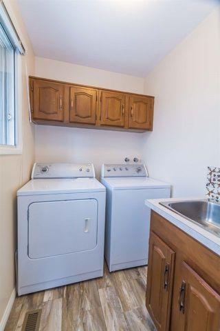 Photo 13: 3434 HILL VIEW Crescent in Edmonton: Zone 29 House for sale : MLS®# E4151438