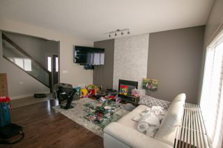 Photo 2: 14031 161 Avenue in Edmonton: Zone 27 House for sale : MLS®# E4151985