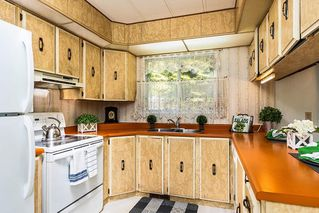 """Photo 5: 22 2306 198 Street in Langley: Brookswood Langley Manufactured Home for sale in """"CEDAR LANE 55+"""" : MLS®# R2361882"""
