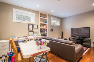 Photo 17: 403 W 19TH Avenue in Vancouver: Cambie House for sale (Vancouver West)  : MLS®# R2367913