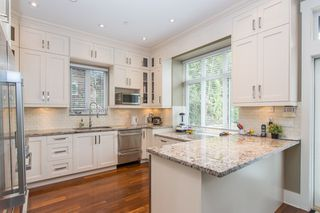 Photo 9: 403 W 19TH Avenue in Vancouver: Cambie House for sale (Vancouver West)  : MLS®# R2367913