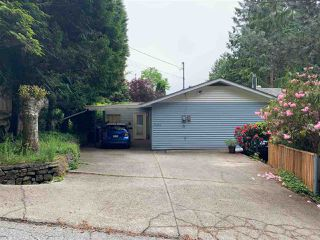 Main Photo: 5353 SELMA PARK Road in Sechelt: Sechelt District House for sale (Sunshine Coast)  : MLS®# R2372795