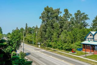 "Photo 13: 305 15385 101A Avenue in Surrey: Guildford Condo for sale in ""Charlton Park"" (North Surrey)  : MLS®# R2375782"