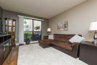 """Photo 3: 106 1442 BLACKWOOD Street: White Rock Condo for sale in """"BLACKWOOD MANOR"""" (South Surrey White Rock)  : MLS®# R2380049"""