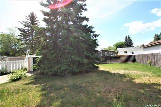 Photo 18: 320 East Place in Saskatoon: Eastview SA Residential for sale : MLS®# SK776989