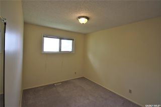 Photo 8: 320 East Place in Saskatoon: Eastview SA Residential for sale : MLS®# SK776989