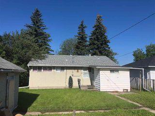 Photo 3: 10911 159 Street in Edmonton: Zone 21 House for sale : MLS®# E4166800