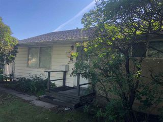 Photo 2: 10911 159 Street in Edmonton: Zone 21 House for sale : MLS®# E4166800