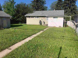 Photo 5: 10911 159 Street in Edmonton: Zone 21 House for sale : MLS®# E4166800