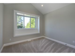 Photo 16: 11736 193A Street in Pitt Meadows: South Meadows House 1/2 Duplex for sale : MLS®# R2399977