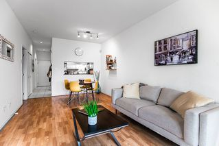 Photo 8: 104 177 W 5TH Street in North Vancouver: Lower Lonsdale Condo for sale : MLS®# R2402130