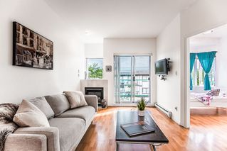 Photo 2: 104 177 W 5TH Street in North Vancouver: Lower Lonsdale Condo for sale : MLS®# R2402130