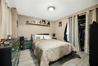 Photo 4: 11421 92 Street in Edmonton: Zone 05 House for sale : MLS®# E4173476