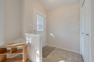 Photo 4: 4540 Turner Square in Edmonton: Zone 14 House for sale : MLS®# E4174372