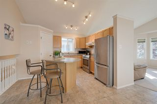 Photo 5: 4540 Turner Square in Edmonton: Zone 14 House for sale : MLS®# E4174372