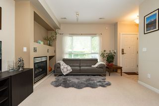 Photo 4: 17 7733 HEATHER Street in Richmond: McLennan North Townhouse for sale : MLS®# R2411976