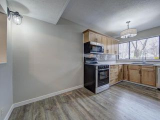 Photo 2: 23 249 KITCHENER Crescent in Kamloops: North Kamloops Townhouse for sale : MLS®# 154578