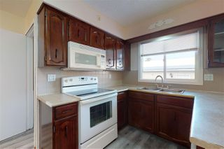 Photo 3: 148 CLAREVIEW Road in Edmonton: Zone 35 House for sale : MLS®# E4182504