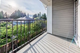 "Photo 3: 12 13239 OLD YALE Road in Surrey: Whalley Townhouse for sale in ""FUSE"" (North Surrey)  : MLS®# R2469584"
