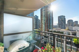 """Photo 14: 1007 989 RICHARDS Street in Vancouver: Downtown VW Condo for sale in """"THE MONDRIAN"""" (Vancouver West)  : MLS®# R2497605"""