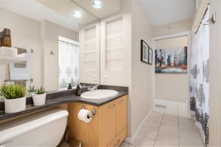 """Photo 10: 1007 989 RICHARDS Street in Vancouver: Downtown VW Condo for sale in """"THE MONDRIAN"""" (Vancouver West)  : MLS®# R2497605"""