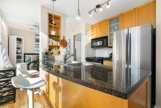 """Photo 12: 1007 989 RICHARDS Street in Vancouver: Downtown VW Condo for sale in """"THE MONDRIAN"""" (Vancouver West)  : MLS®# R2497605"""