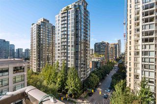 """Photo 15: 1007 989 RICHARDS Street in Vancouver: Downtown VW Condo for sale in """"THE MONDRIAN"""" (Vancouver West)  : MLS®# R2497605"""