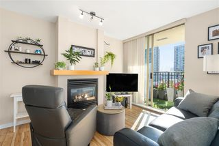 """Photo 5: 1007 989 RICHARDS Street in Vancouver: Downtown VW Condo for sale in """"THE MONDRIAN"""" (Vancouver West)  : MLS®# R2497605"""