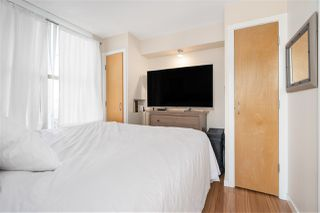 """Photo 8: 1007 989 RICHARDS Street in Vancouver: Downtown VW Condo for sale in """"THE MONDRIAN"""" (Vancouver West)  : MLS®# R2497605"""