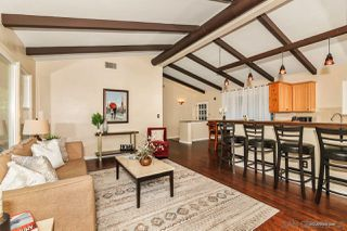 Photo 4: MOUNT HELIX House for sale : 3 bedrooms : 10814 Calavo in La Mesa